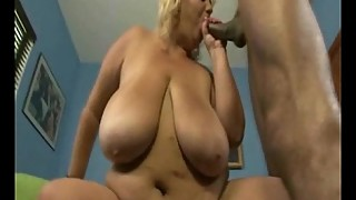 Big Tit BBW Wonder Tracy Sucks Her First Black Cock