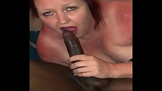 Hotwife sucks a BBC