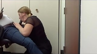 Chubby wife blows BBC