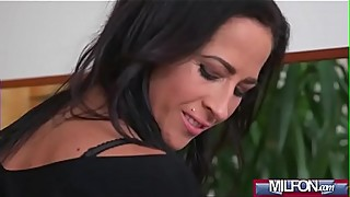 Mature lesbian couple make love(Terra Twain &amp_ Yenna Black) 01 video-20